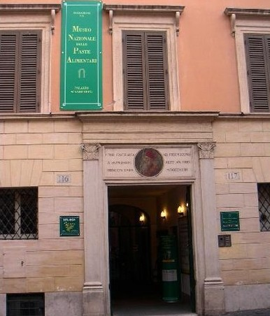 2078646-Pasta_Museum_Entrance_on_Piazza_Scanderbeg_Rome