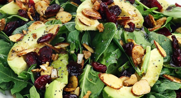 spinach_salad_with_spiced_almonds