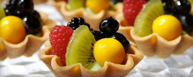 Table_128_Fruit_Tarts