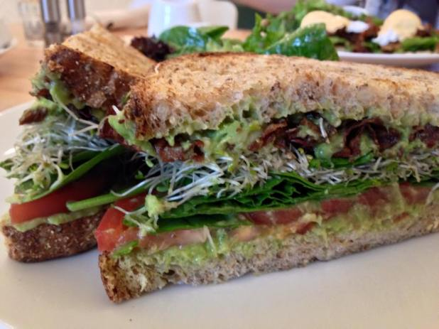 Heirloom_Avocado_Sandwich