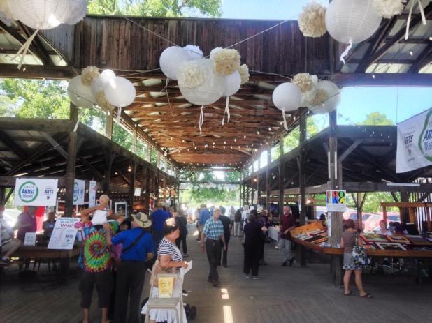 Pavillion_Ithaca_Farmer's_Market