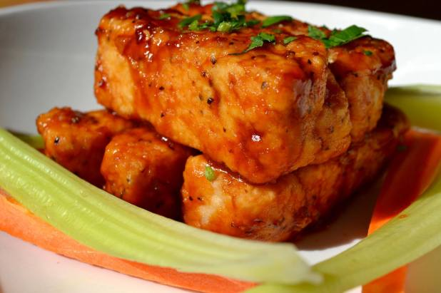 Town_Hall_Crispy_Tofu_WIngs