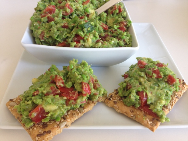 Green-Pea_Guacamole_with_Seed_Crackers