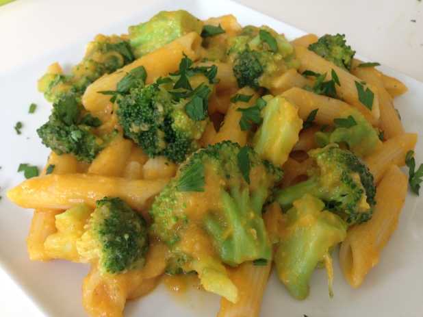 Pasta_With_Roasted_Vegetable_Sauce_and_Broccoli