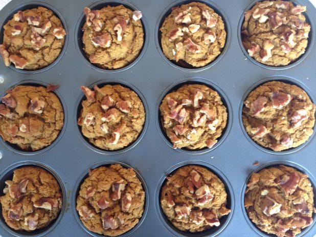 Vegan_Pumpkin_Oat_Walnut_Muffins