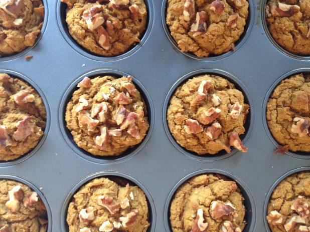 Pumpkin_Oat-Walnut_Muffins