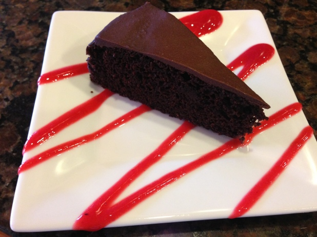 Rasberry_Coulis_and_Chocolate_Cake
