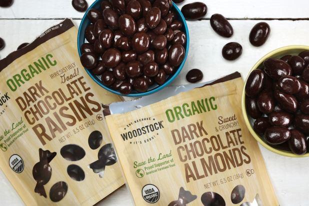 Woodstock_Organic_Chocolate_Almonds_and_Raisins