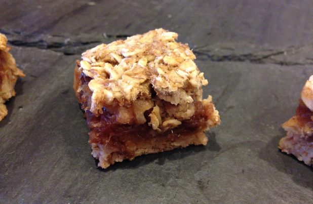 Whole-Grain_Date_Bar