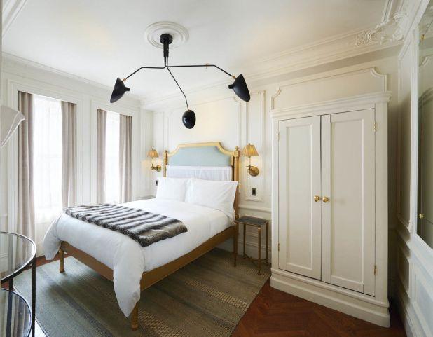 Marlton_Hotel_Room