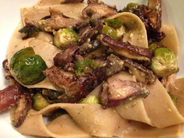 Shiitake_Mushrooms_and Pasta_with_Pesto