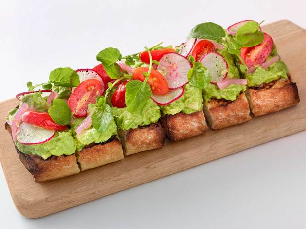 Cheescake_Factory_Avocado_Toast