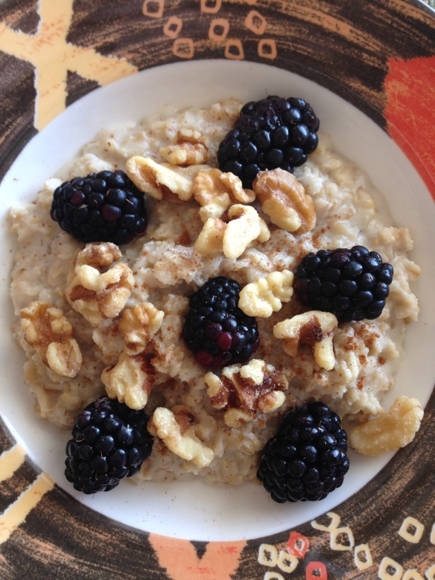 Oatmeal_with_Macademia_Nut_Milk